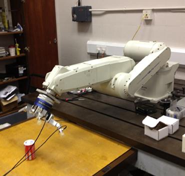 Cac nha khoa hoc su dung robot Mitsubishi de phat trien the he robot ke tiep