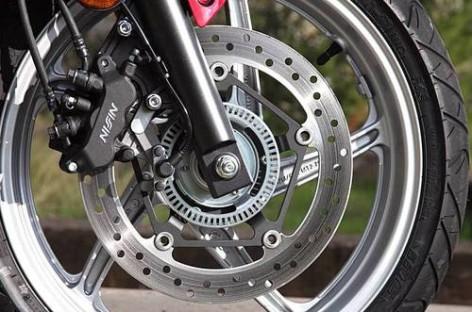 Nguyên lý hoạt động hệ thống phanh ABS trên mô tô