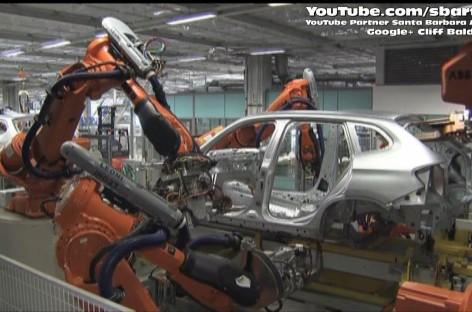 Quang cảnh nhà máy sản xuất ô tô BMW tại Trung Quốc
