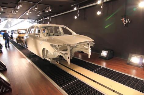 Tìm hiểu quy trình sơn ô tô Nissan