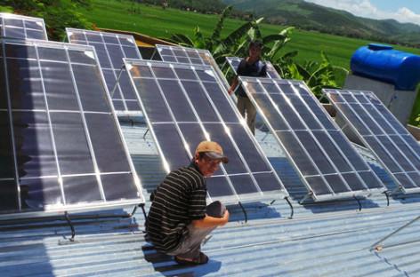Thiết bị lọc nước bằng năng lượng mặt trời