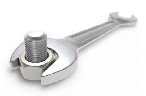 Tìm hiểu cách sử dụng dụng cụ cầm tay an toàn và đúng kĩ thuật tại xưởng làm việc
