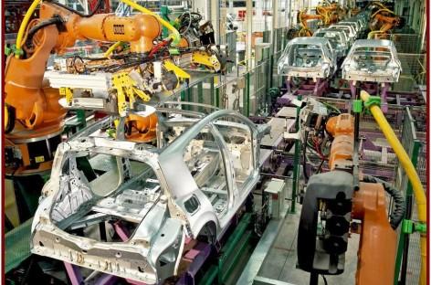 Renault không ngừng phát triển dây chuyền sản xuất ô tô