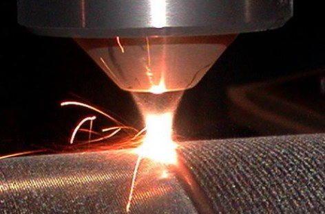 Công nghệ phun phủ kim loại bằng tia laser (Laser Cladding)