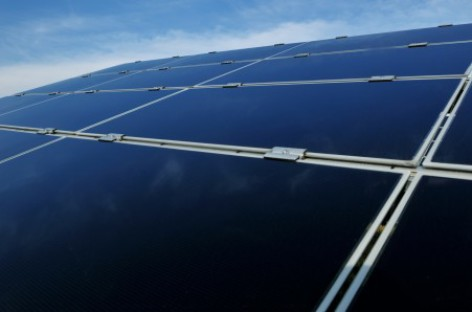 Chuyển hóa khí cacbonic thành nhiên liệu nhờ tấm năng lượng mặt trời