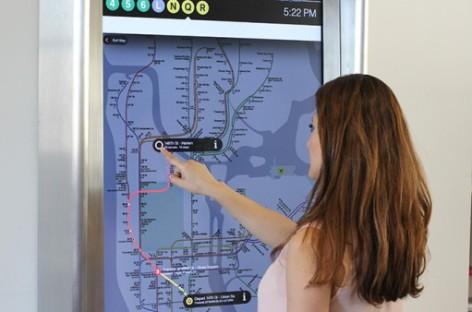 Giải pháp thông minh cho hệ thống hiển thị thông tin đường sắt
