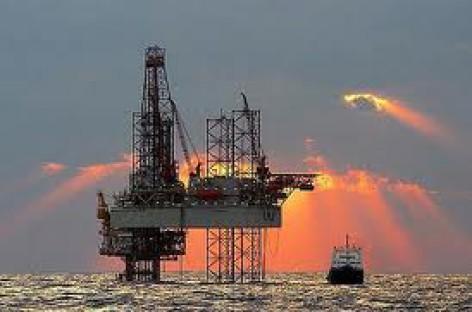 Giàn khoan dầu lớn nhất thế giới – Perdido Spar