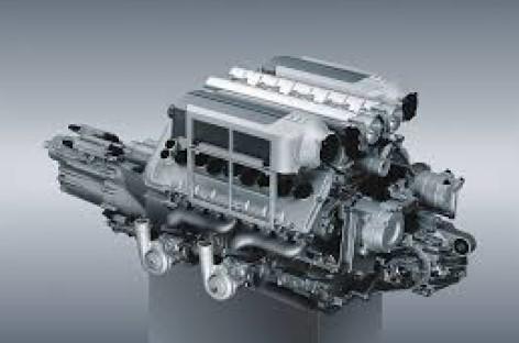 Sản xuất động cơ W12 tại nhà máy của Bentley