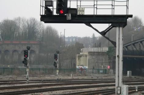 Nghiên cứu phần mềm ưu tiên tàu cho ngành đường sắt