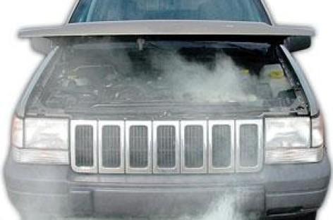 Tại sao xe bốc khói khi thay nhớt?