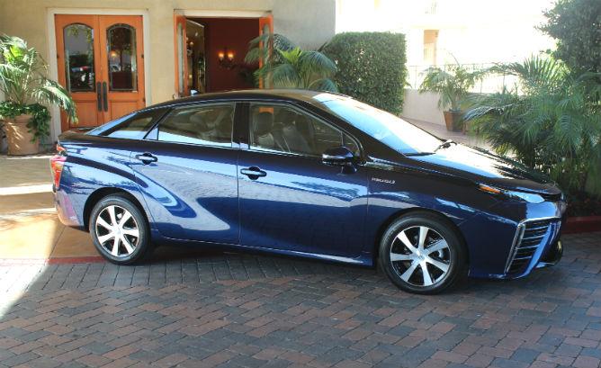 Xe hybrid co nhieu uu the hon xe dung pin nhien lieu hydro_01