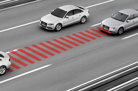 Hệ thống tự hành của Audi khi tắc nghẽn giao thông