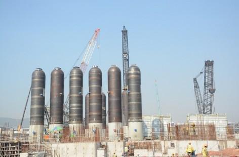Lọc hóa dầu Nghi Sơn: Lắp thành công thiết bị phản ứng