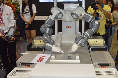 Robot Yumi – cộng sự lý tưởng của con người