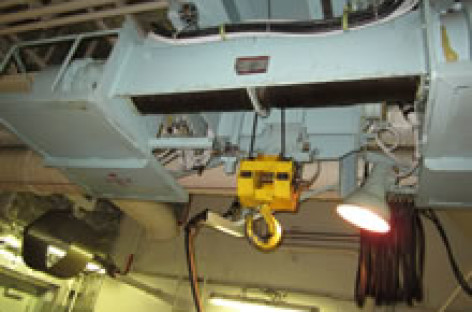 Những điều cần chú ý khi kiểm tra, bảo dưỡng cần trục phòng máy tàu thủy (phần 1)