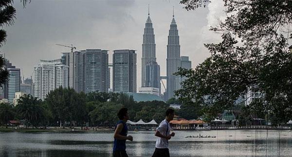 Duong-sat-cao-toc-Kuala-Lumpur-Malaysia-01