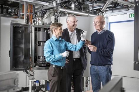 Tiết kiệm năng lượng trong công nghiệp với công nghệ hồ quang tia laser các-bon mới