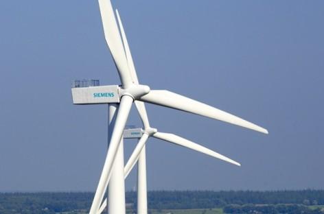 Đơn hàng của Siemens tăng 6% trong năm 2015