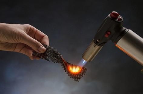 Gốm in 3D làm vỏ máy bay siêu thanh