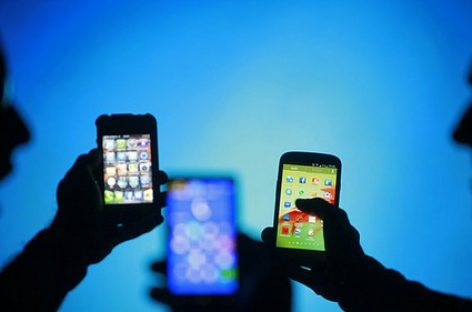 Bảo vệ smartphone khỏi phần mềm gián điệp