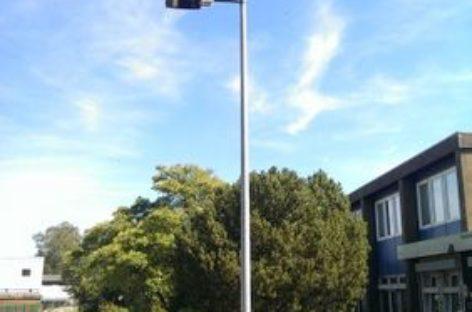 Đèn led chiếu sáng đường sử dụng năng lượng gió
