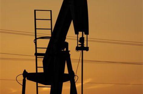 Xuất khẩu dầu tại Trung Đông thất thu 500 tỷ USD