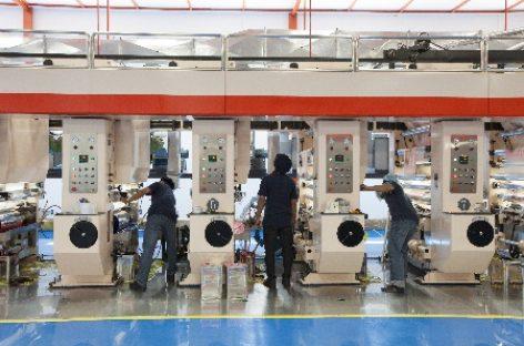 Cảm biến hóa nhà máy sản xuất với thiết bị IoT