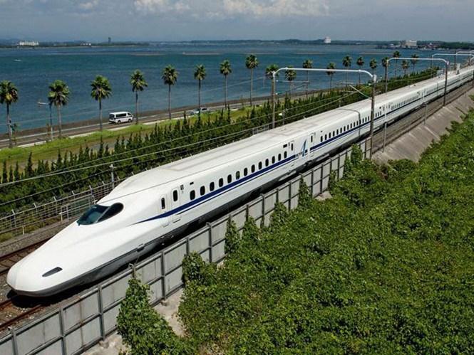 Hyperloop-tham-vong-sieu-toc-1.200kmh-2