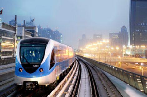 [Infographic] So sánh hai tuyến đường sắt đô thị tại Hà Nội và thành phố Hồ Chí Minh