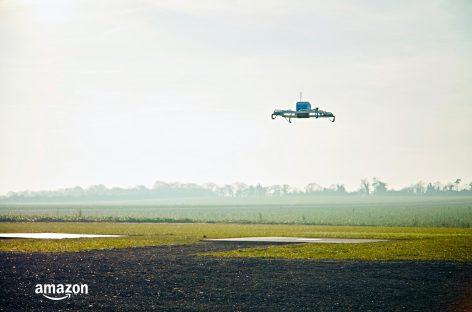 [Tiêu điểm tại CeBIT 2017] Đơn hàng đầu tiên của Amazon được giao bằng thiết bị bay không người lái