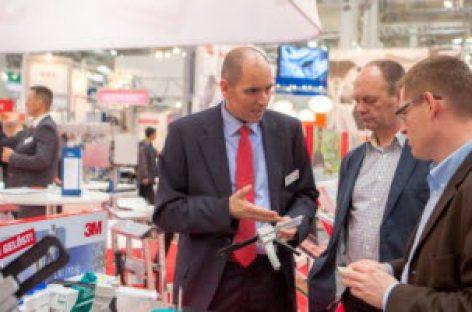 [Tiêu điểm tại Hannover Messe 2017] Hoạt hóa nhựa bằng phương pháp Plasma ở áp suất thấp