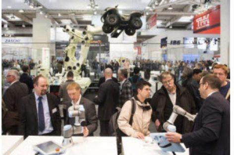 """[Tiêu điểm tại Hannover Messe 2017] Robot sẽ """"khuấy đảo"""" hội chợ Hannover Messe 2017"""