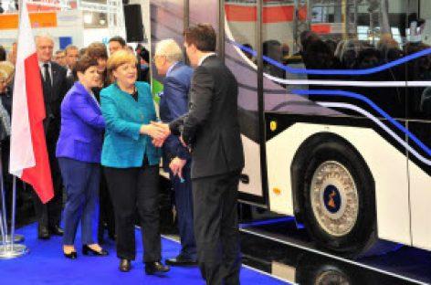 [Tiêu điểm tại Hannover Messe 2017] Chiếc xe buýt sử dụng năng lượng hiệu quả – Sự hợp tác giữa CHLB Đức và Ba Lan