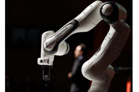 [Hannover Messe 2018] Tại sao cần đầu tư robot thông minh cho quá trình sản xuất?