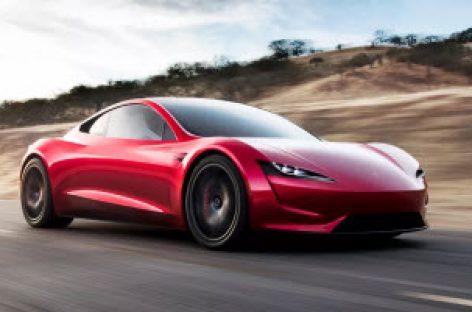 Tesla Roadster trở lại: tăng tốc nhanh hơn siêu xe thương mại, đi được 1000 cây số
