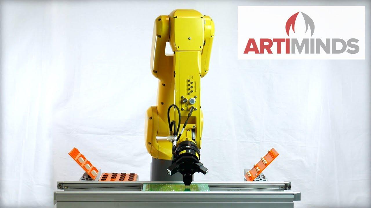 tech-mag-phan-mem-lap-trinh-robot-truc-quan-den-tu-ArtiMinds