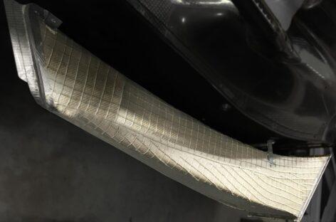 BMW thay thế carbon bằng sợi vải tái tạo flax
